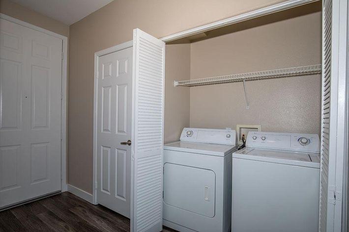 06a Laundry.jpg