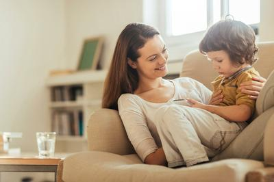 interior-livingroom-momson.jpg
