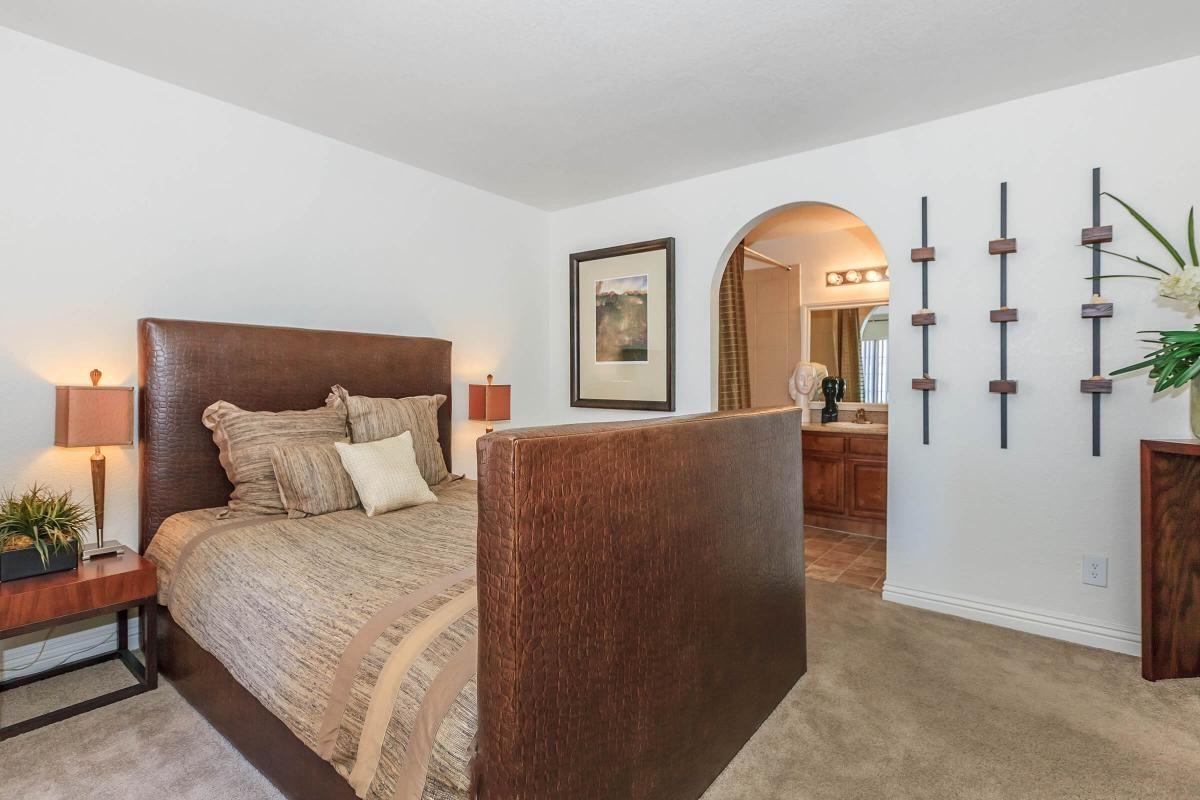 ELEGANT BEDROOM AT CANYON CREEK VILLAS IN LAS VEGAS, NEVADA