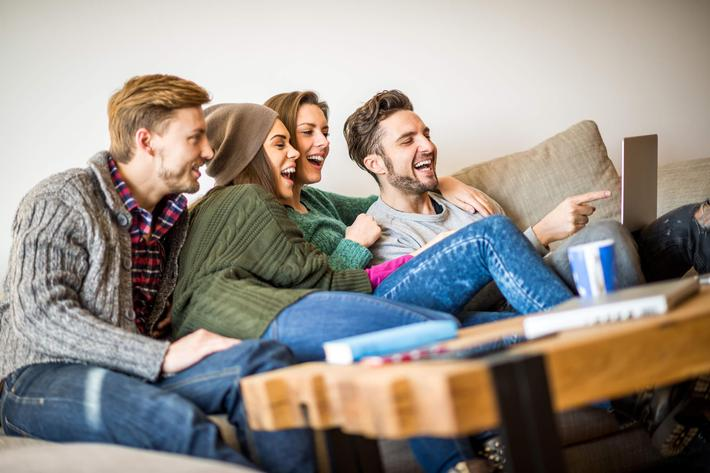 Friends in interior-iStock-536751489.jpg