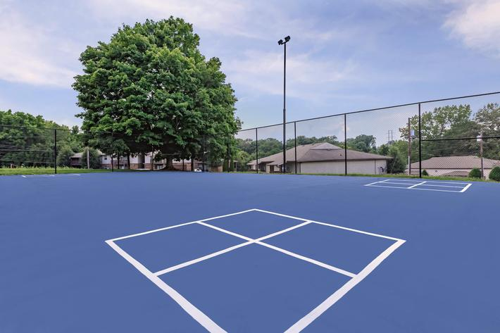 Tennis Courts at Belle Forest at Memorial in Clarksville, TN
