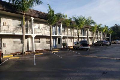 Jacky Brice - Villas at 17th exterior.jpg