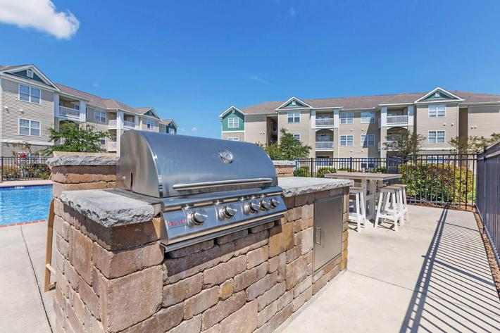 Have a Barbecue with Friends At New Providence Park In Wilmington, NC
