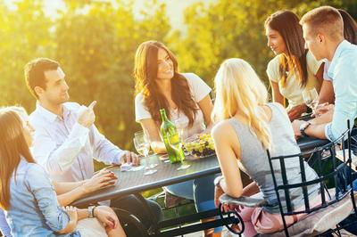 amenities-exterior-people at table.jpg