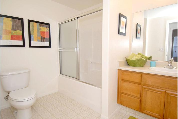 We offer contemporary bathrooms at Rio Paseo