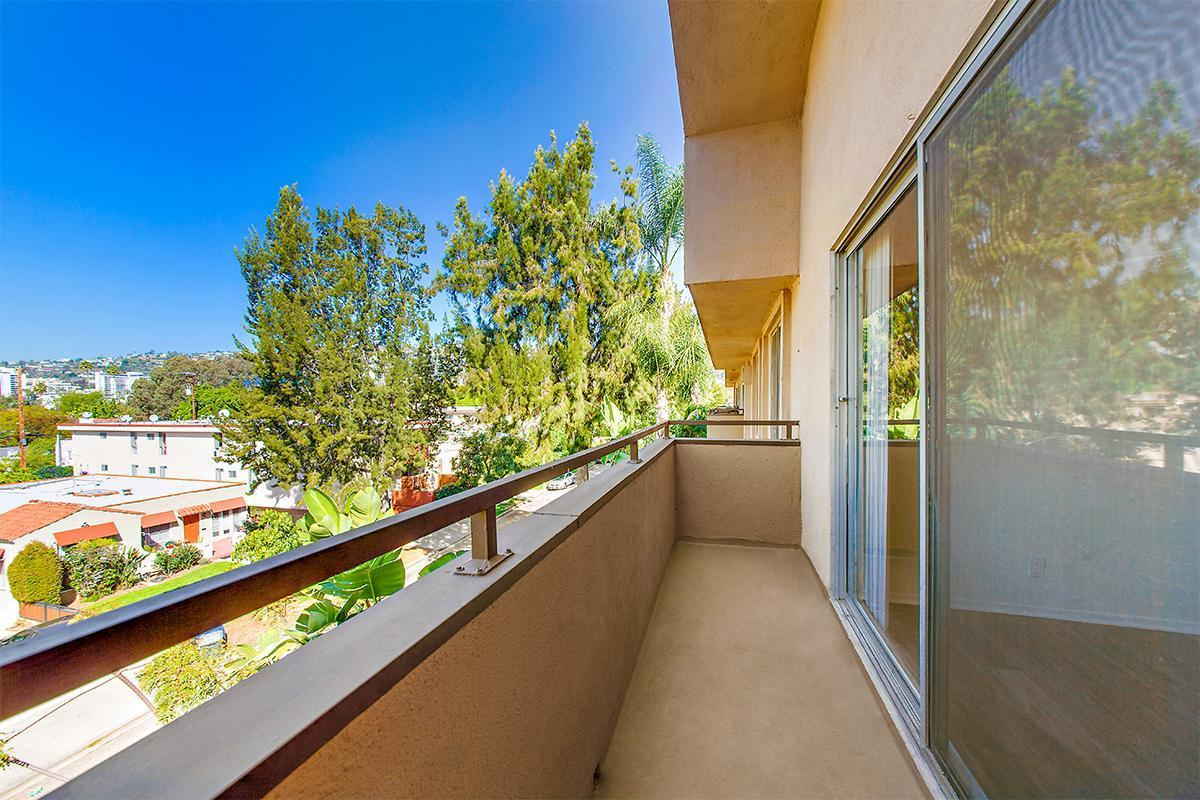 2-bedroom-2-bathj balcony.jpg