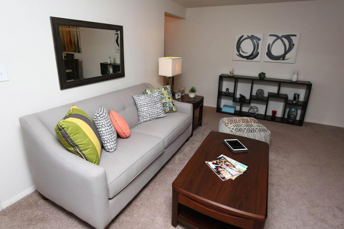 SPACIOUS LIVING ROOMS AT HONEYWOOD APARTMENT HOMES