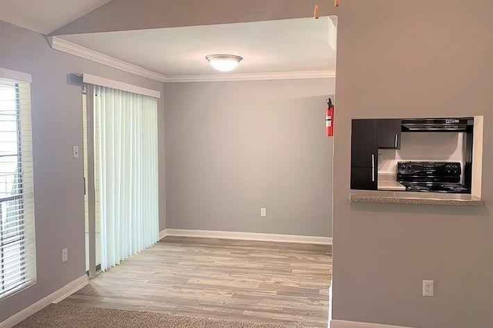 Dinning Room-width-2400px.jpg
