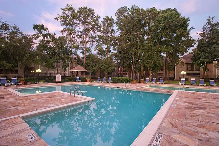 Pool 3-width-2400px.jpg