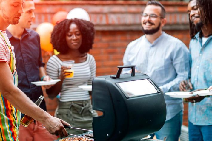ENJOY A BARBECUE WITH YOUR FRIENDS AND FAMILY AT BOCA RATON IN LAS VEGAS, NEVADA
