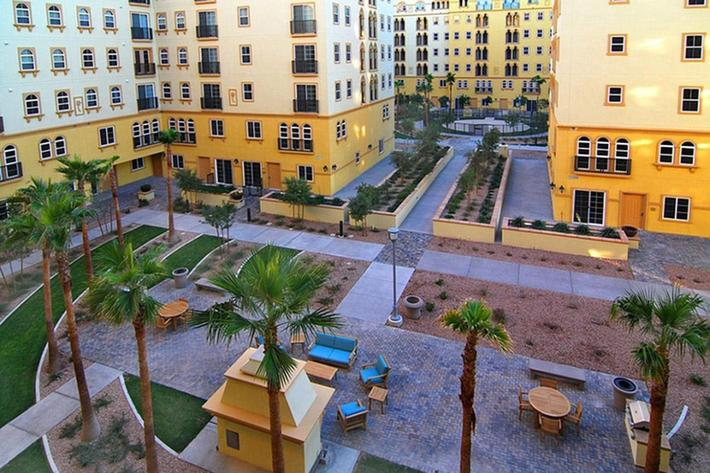 ENJOY OUR BEAUTIFULLY MANICURED GROUNDS AT BOCA RATON IN LAS VEGAS, NEVADA