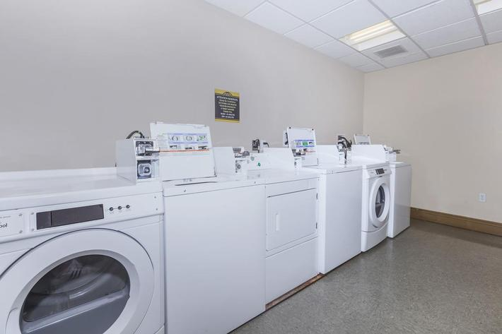 LAUNDRY FACILITY AT BOCA RATON IN LAS VEGAS, NEVADA