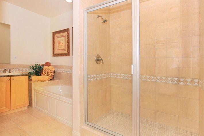Large walk-in shower at Boca Raton