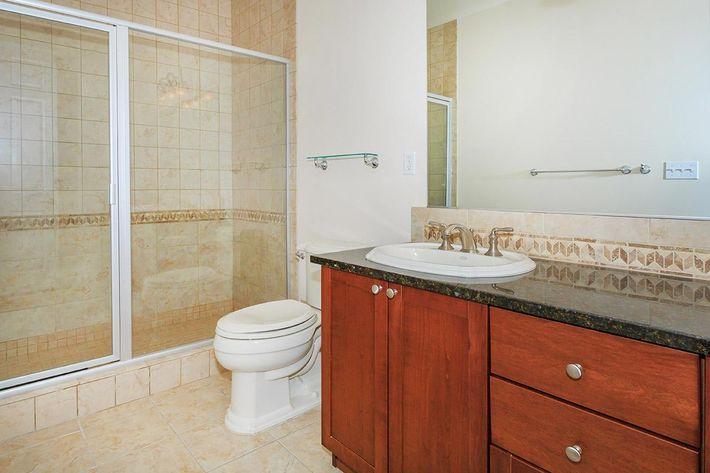 SHEEK BATHROOM AT BOCA RATON IN LAS VEGAS, NEVADA