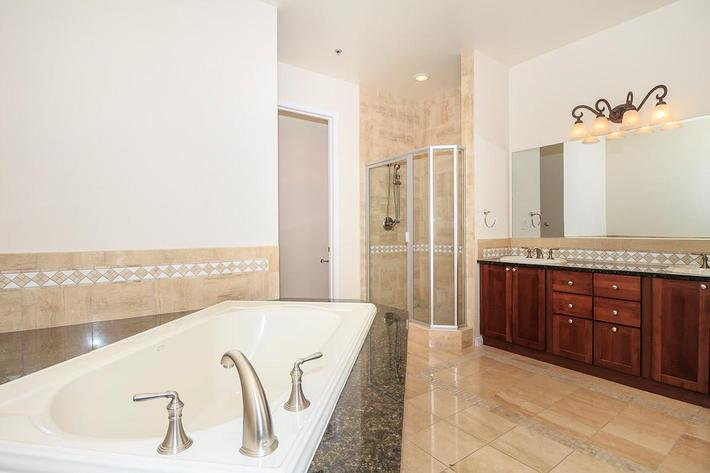 SPACIOUS BATHROOM AT BOCA RATON IN LAS VEGAS, NEVADA
