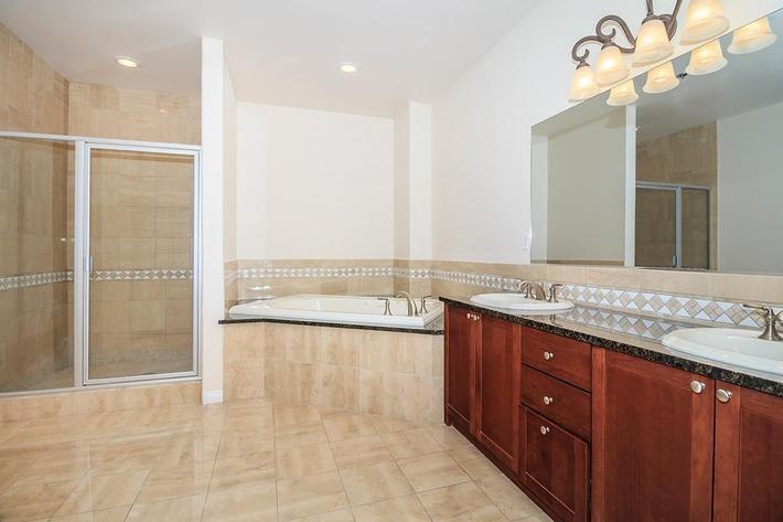 THE PERFECT BATHROOM FOR YOU AT BOCA RATON IN LAS VEGAS, NEVADA