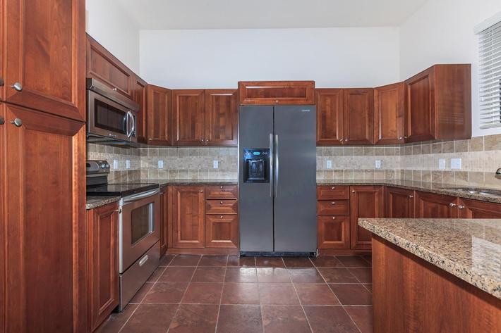 STAINLESS STEEL APPLIANCES AT BOCA RATON IN LAS VEGAS, NEVADA