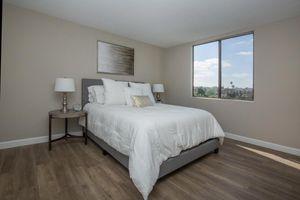 Luxury Two Bedroom Apartments in Glendale CA - Windsor Villas Apartments Bedroom