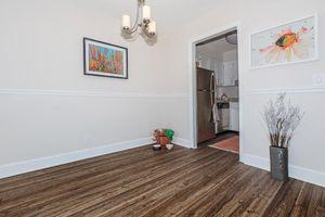 Hardwood floors at Longwood at Southern Hills