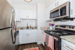 Longwood at Southern Hills features an all-electric kitchen