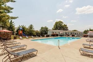 Relax by the pool in Nashville, TN