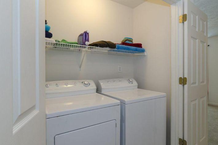 Bloomington-Copper_Beech_Way-Laundry_Downstairs1-1024x678.jpg
