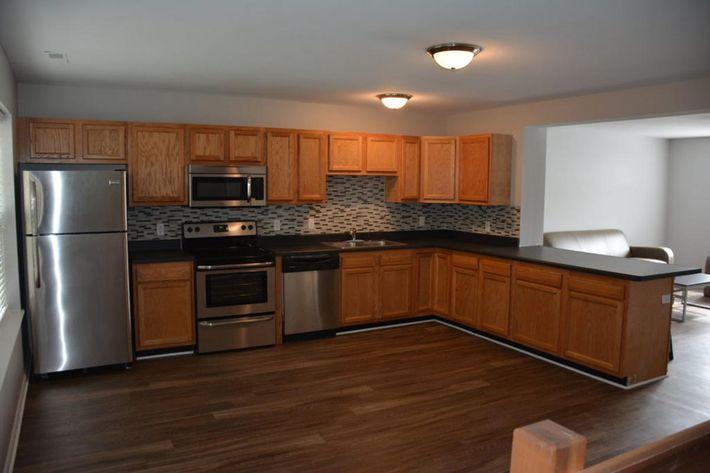 Premiuim-Unit-Kitchen-1024x683.jpg