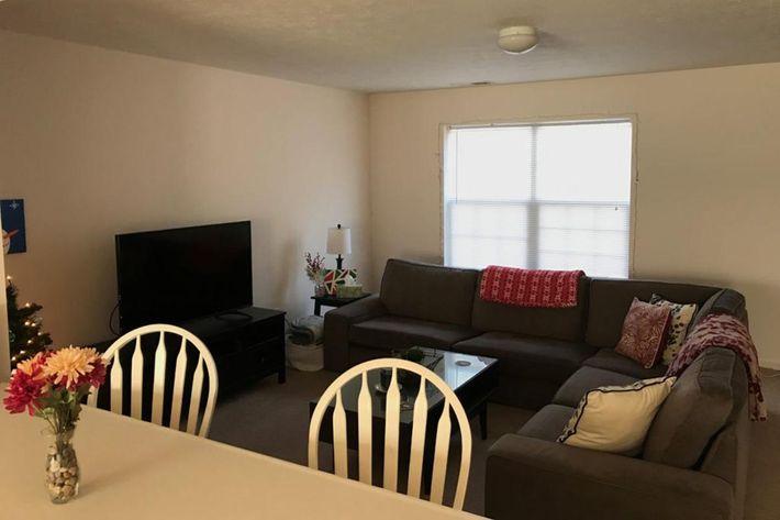 living-room-1024x768.jpg