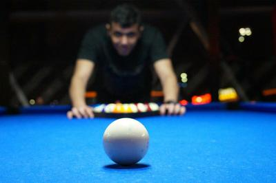 amenities-billards2.jpg