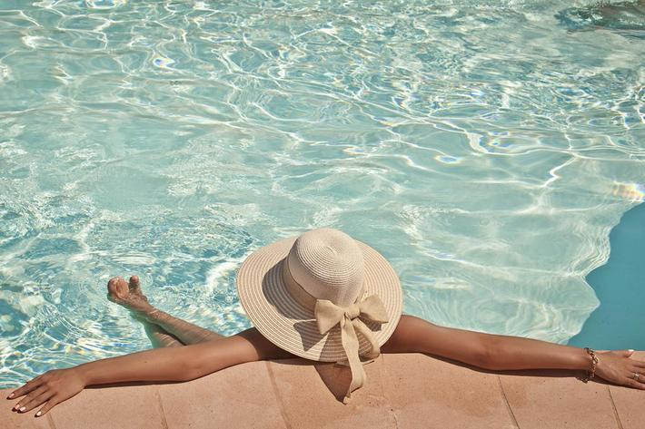 Woman in a pool hat .jpg