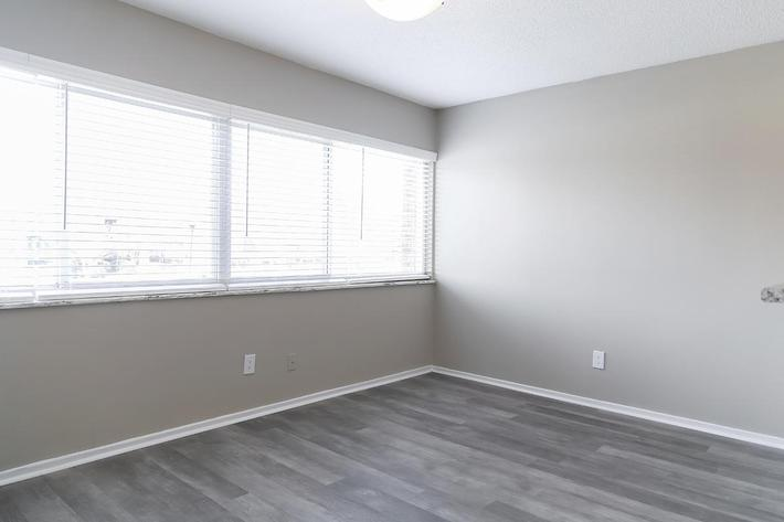 HARDWOOD FLOORS AND MINI BLINDS