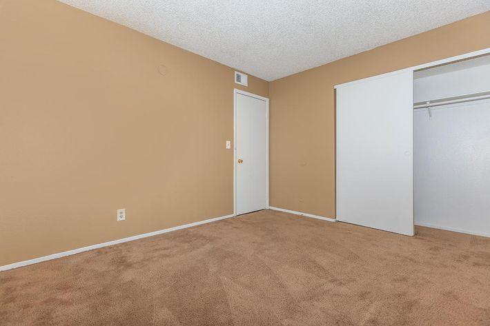 COZY BEDROOM AT BELLA ESTATES APARTMENT HOMES IN LAS VEGAS, NEVADA