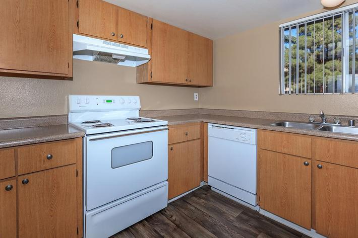 YOUR NEW KITCHEN AT BELLA ESTATES APARTMENT HOMES IN LAS VEGAS, NEVADA