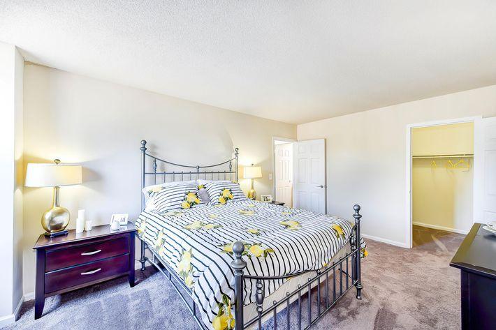 bedroom with furnish.jpg