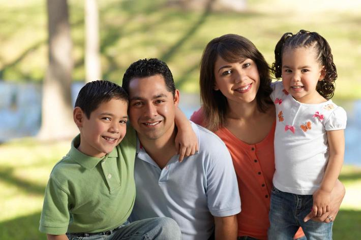 Family-Latino-iStock_000016795340Medium.jpg