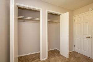 LARGE CLOSETS IN AUSTIN, TX