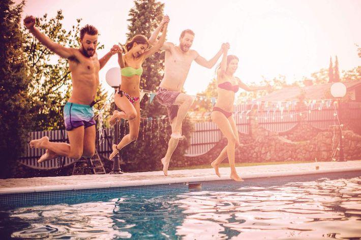 Summer-fun-iStock_83235957_LARGE.jpg