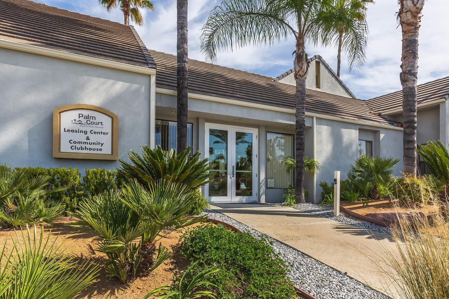 Centrally located in Hemet, California near shopping, dining and  entertainment, our wonderful community affords you the opportunity to enjoy  your day at ...