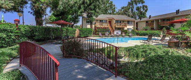 Villa Creek Apartment Homes - Apartments in Cypress, CA