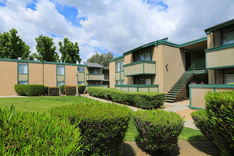 Village at Ninth - Apartments in Fresno, CA